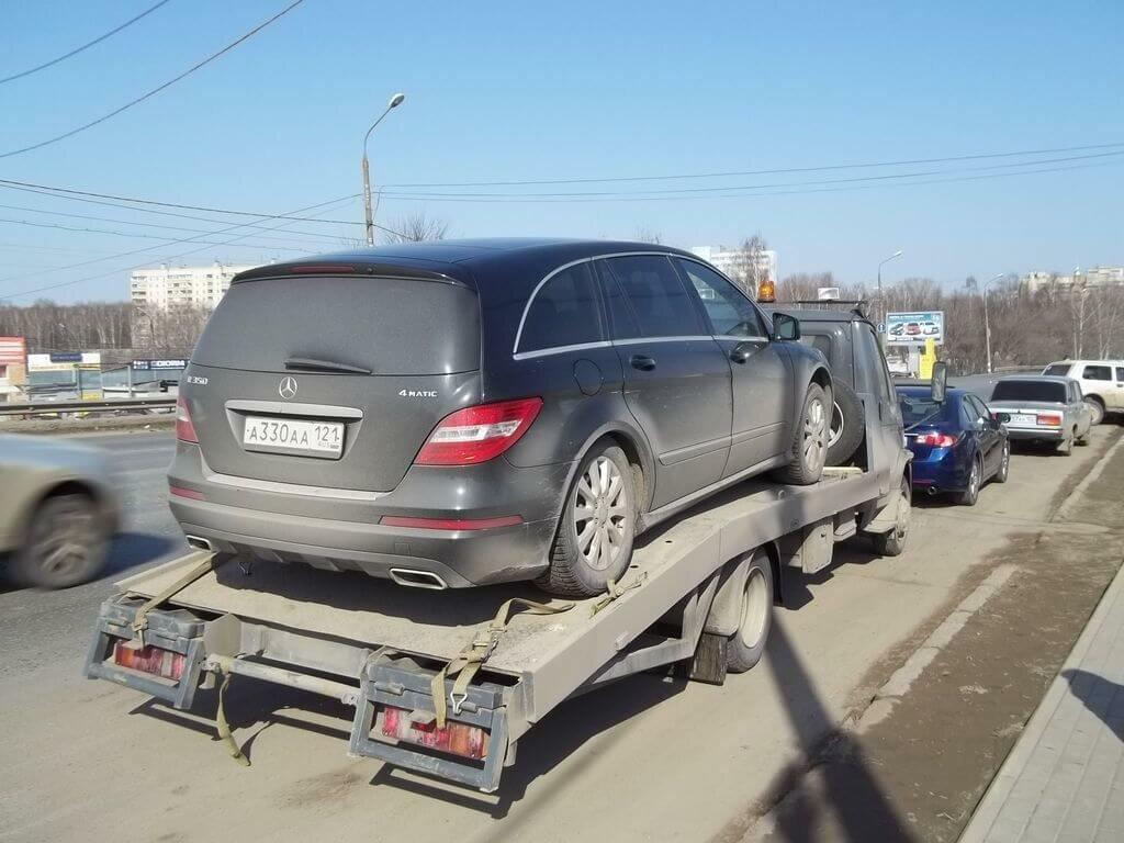 Доставка автомобиля Mercedes-Benz R350 на ТО